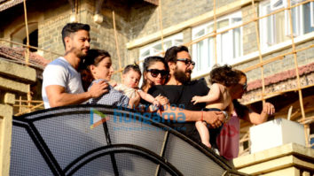 Kareena Kapoor Khan, Saif Ali Khan, Kunal Khemu and Soha Ali Khan snapped with their kids Taimur Ali Khan and Inaaya Naumi in Bandra