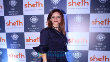 Sussanne Khan snapped at Sheth Builders' event