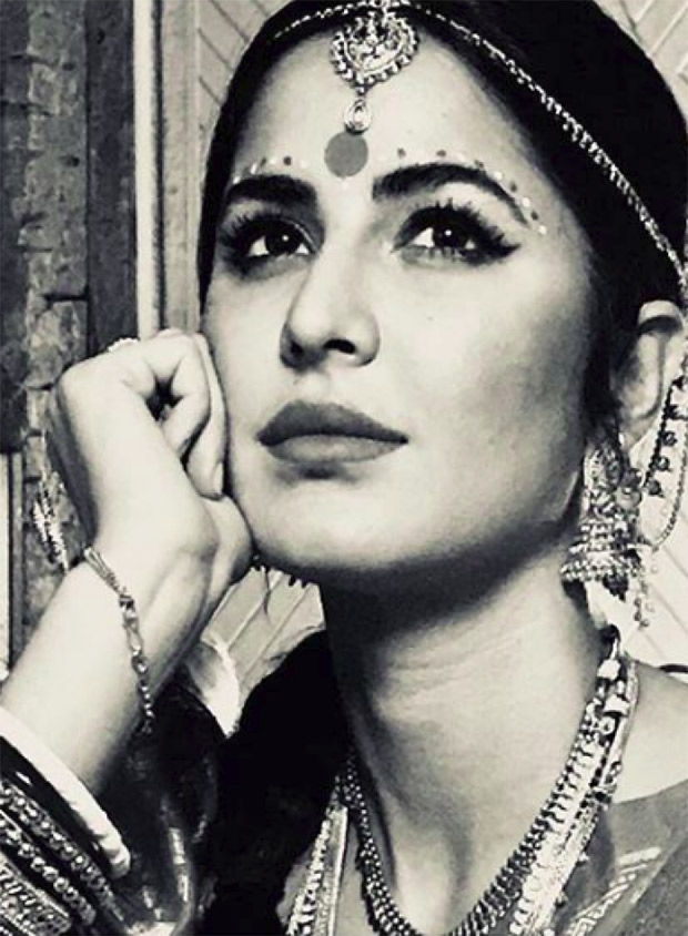 Lo & Behold! Katrina Kaif's B/W picture from Zero will remind you of the Madhubala era