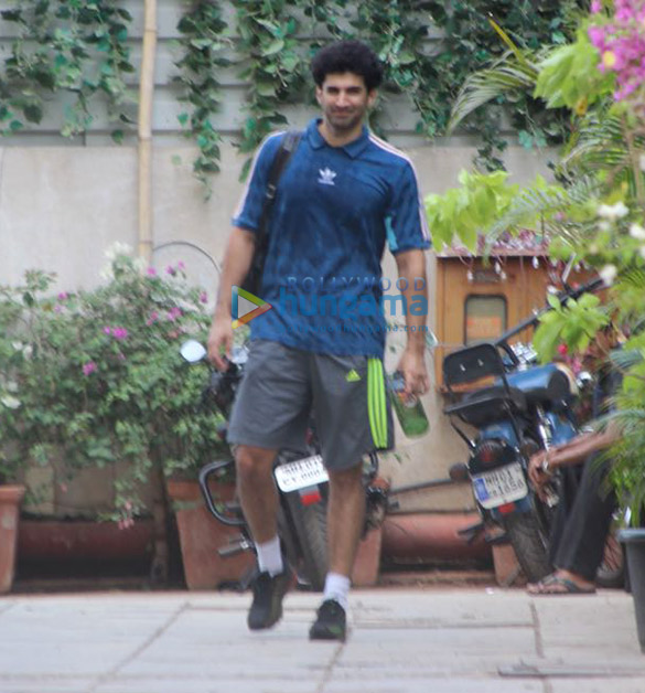 Aditya Roy Kapur snapped post his gym session