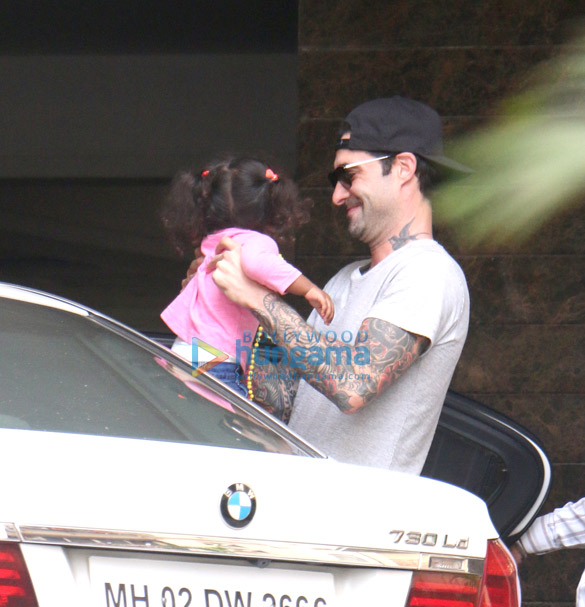 Daniel Weber and Sunny Leone snapped with their daughter at their new apartment in Juhu