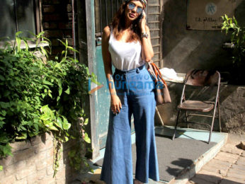 Esha Gupta spotted at Pali Village Cafe in Bandra