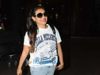 Hema Malini, Esha Deol, Shahid Kapoor and Sophie Choudry snapped at the airport