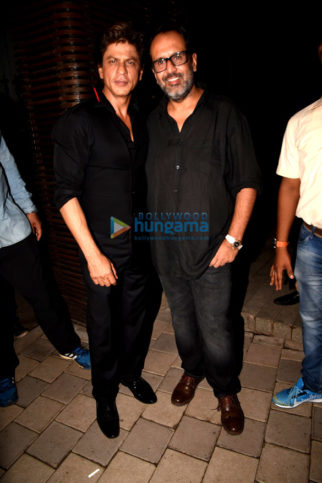Shah Ruk Khan, Anushka Sharma and others snapped at Aanand L. Rai 's birthday bash