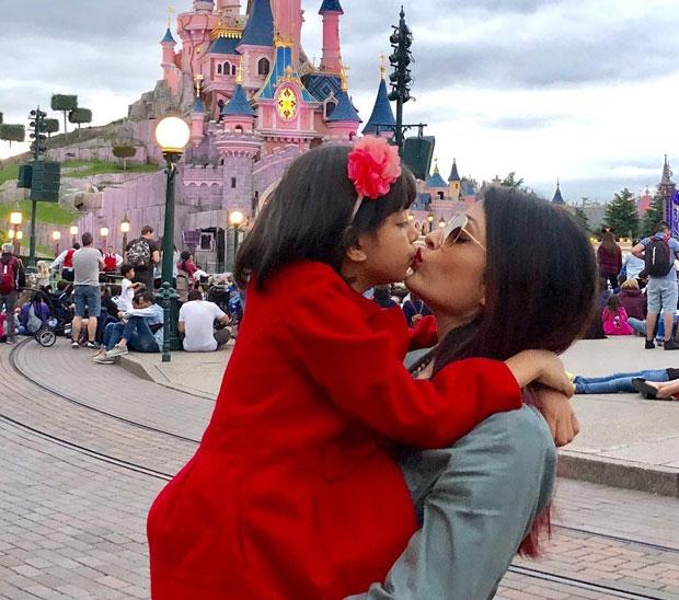 Aishwarya Rai Bachchan and Aaradhya's trip to Disneyland is all HEART (Watch video)