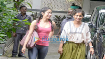 Janhvi Kapoor snapped outside Gauri Shinde's office in Bandra