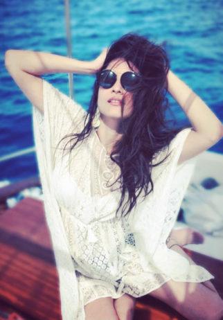 Travel Diaries: Manikarnika actress Ankita Lokhande takes off to Paris and Greece with friends