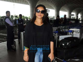Ranveer Singh, Ajay Devgn, Anushka Sharma, John Abraham and others snapped at the airport