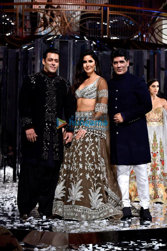 Salman Khan and Katrina Kaif walks the ramp for Manish Malhotra's fashion show (3)