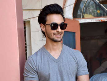Aayush Sharma visits a temple in Himachal Pradesh