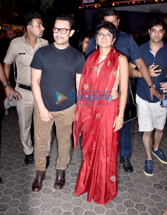 Aamir Khan spotted at Prithvi Theatre (4)