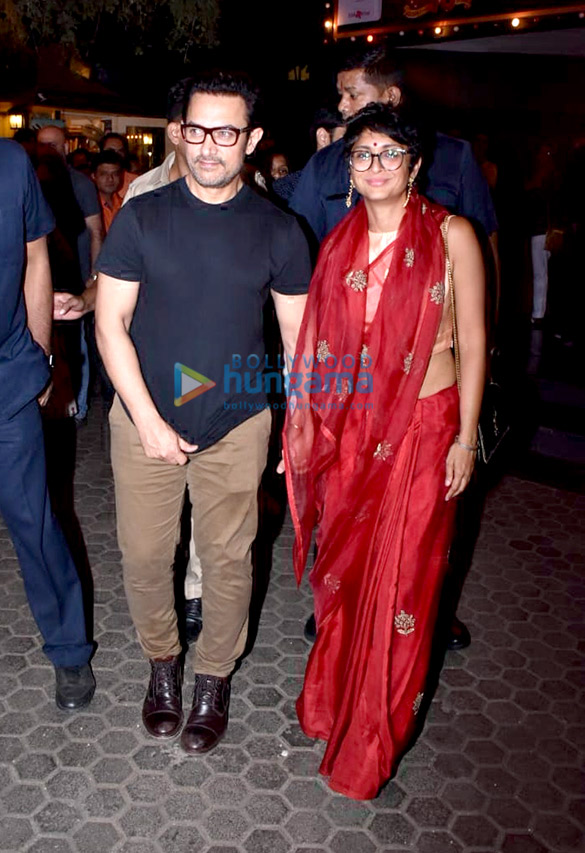 Aamir Khan spotted at Prithvi Theatre (6)