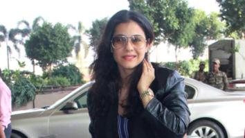 Kajol and Kiara Advani and others snapped at the airport