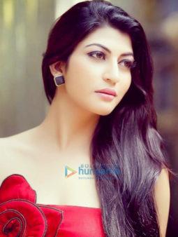 Celebrity Photos of Sara Sharmaa