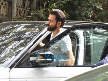 Emraan Hashmi spotted in Bandra