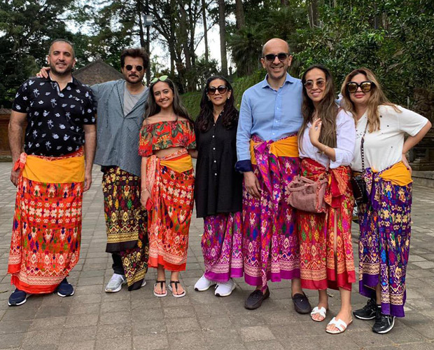Sonam Kapoor, Anand Ahuja, Anil Kapoor and family ring in